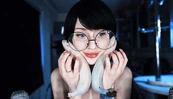 欧美小姐姐cosplay辣眼睛5部耳骚福利视频
