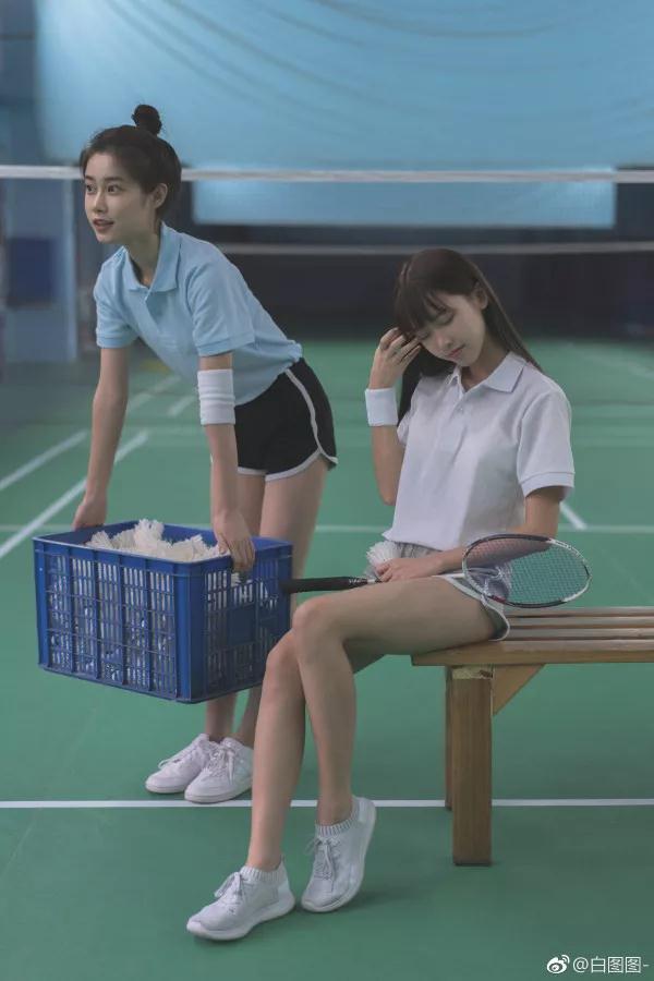 asmr剧情中文声音:自习室中的女学生